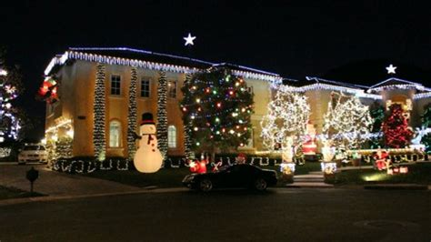 christmas lights in the san fernando valley bedazzles calif mansion with lights abc news
