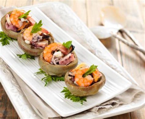 cucinare facile e leggero insalata di mare con carciofi un antipasto facile e leggero