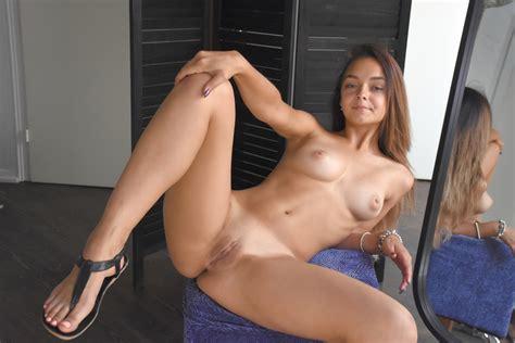 Erotic Zeitgeist Slavas Spectacular Sexy Body