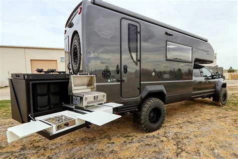 ford f550 earthroamer outdoor aesthetics the ford f550 xv lts cer by