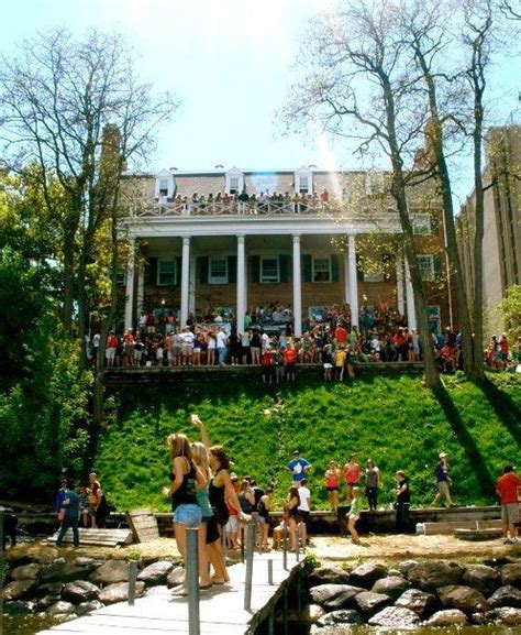 frat house tumblr 40 signs you went to the university of wisconsin madison