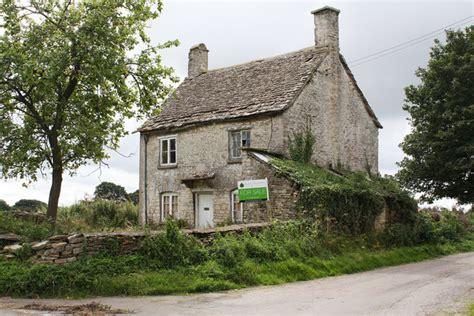 abandoned farm houses for sale uk