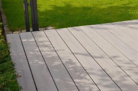 terrassenboden streichen terrassenplatten streichen