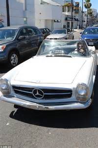 hair styles for convertible cars harry styles shows off mercedes benz convertible in