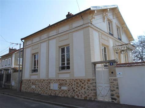 Maison De Taille by Ravalement D Une Maison En De Taille Et Meuli 232 Re 224