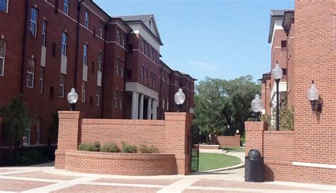 Of Louisiana At Lafayette Mba Tuition by Of Louisiana Lafayette Student Housing