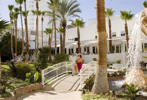 hton inn tropicana tropicana las vegas a doubletree by hotel resort