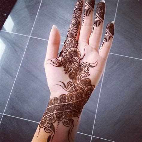 henna tattoos apexwallpapers com 29 awesome simple mehndi design on left hand makedes com