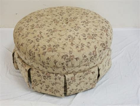 20 inch high ottoman round floral upholtered ottoman 39 inch dia 20 inches high