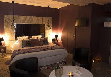 chambre hotel romantique gargouille chambre d h 244 tel romantique le gourguillon