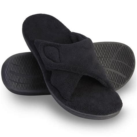 plantar fasciitis house shoes plantar fasciitis house slippers the s plantar fasciitis slipper slides hammacher