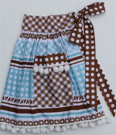 sewing bee apron bee in my bonnet one yard apron bebe really