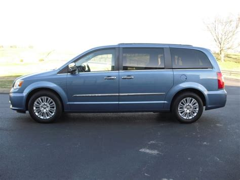 2011 Chrysler Town And Country Touring by 2011 Chrysler Town Country Touring L Quot Only 65k