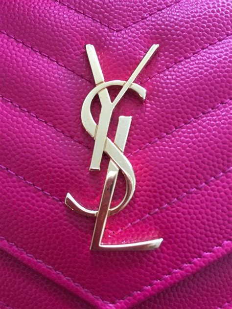 Ysl Woc Chevron 1500 yves laurent pink leather chevron wallet