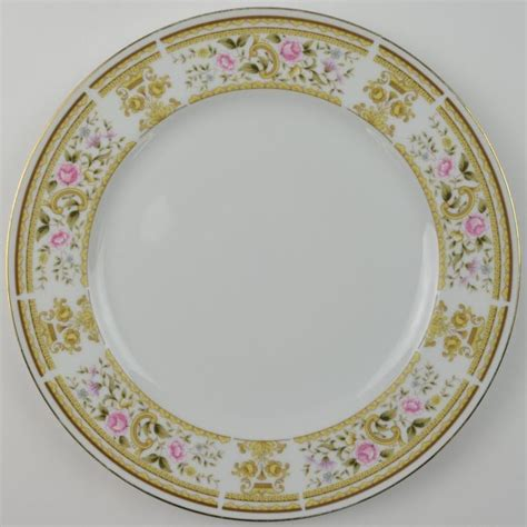 plate patterns wallace heritage daphne pattern dinner plate