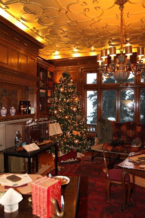 top 28 pittock mansion christmas lights photos