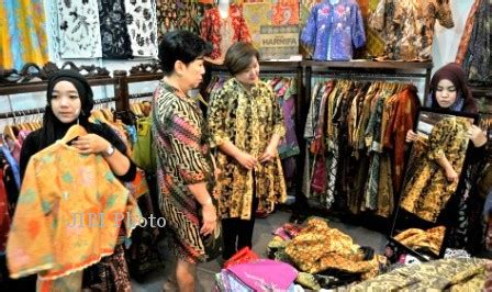 Freezer Kecil Di Semarang batik vaganza digelar di semarang feature solopos