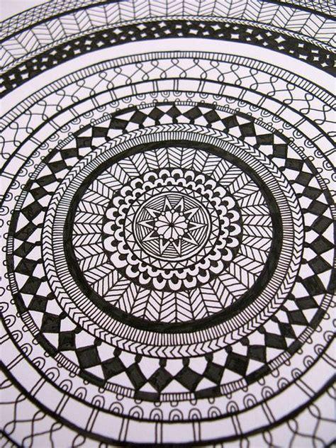 doodle circular pattern design 1000 images about art doodling techniques zentangles