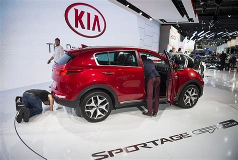 Kia Manufacturer South Korea S Second Largest Car Manufacturer Kia Motors