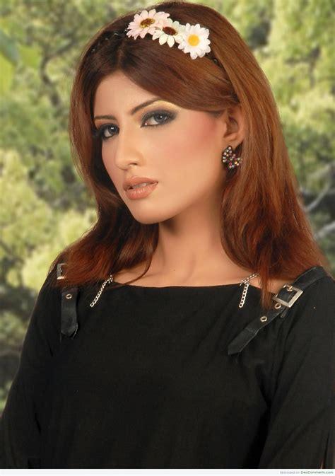 raniya khan kashmiri desicommentscom