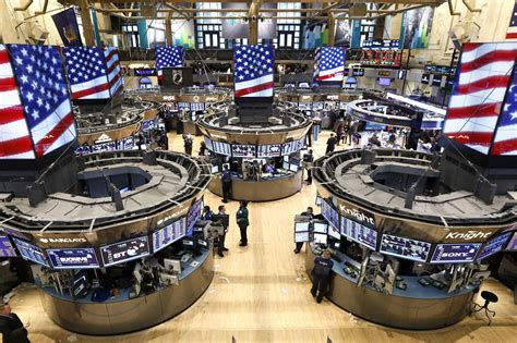 Stock Market Floor by Washington For Many Rally Into Dow Record Feels Empty