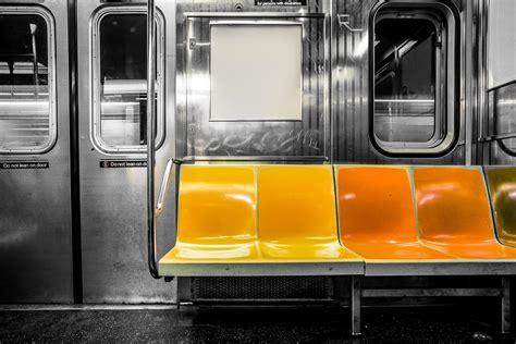 ultimate guide  nyc subway etiquette platinum