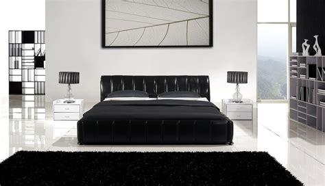 Black Leather Bedroom Set by Black Leather Bedroom Furniture Raya Furniture