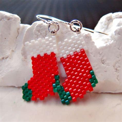 pattern for beaded christmas earrings peyote stitch christmas stockings beaded earrings by