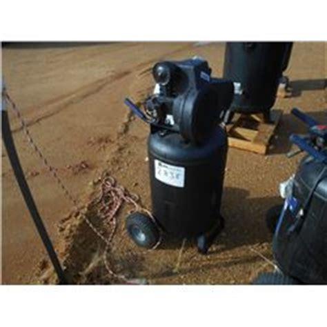 kobalt 30 gallon air compressor kobalt 30 gallon upright air compressor 110 volt electric