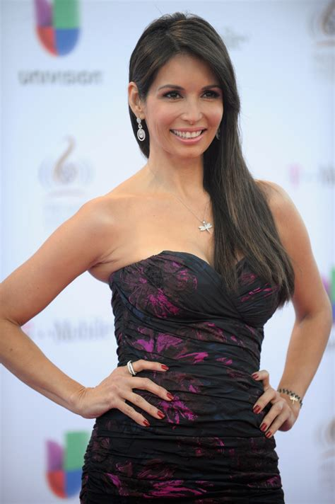 giselle blondet deja a univision giselle blondet photos photos 25th anniversary of