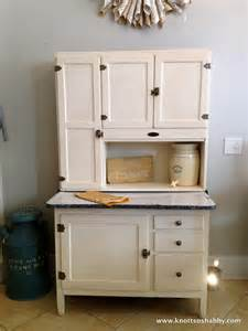How To Restore Kitchen Cabinets by August 2013