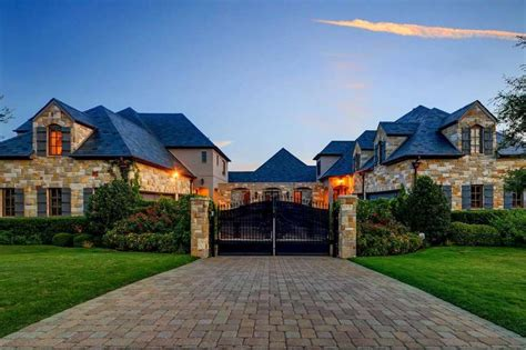 is it worth buying a house selena gomez takes 2 9 million fort worth mansion off the market after buying in california