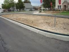Landscape Edge Guard Ertec Environmental Systems Mulch And Soil For