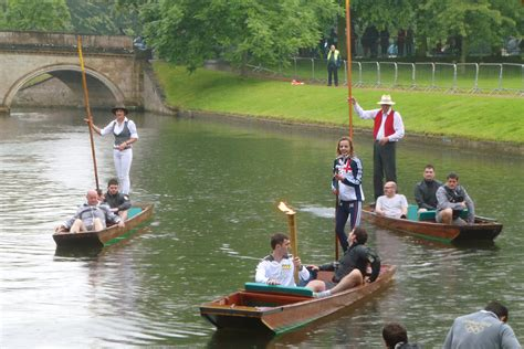 cambridge punt boat plans file cambridge olympic torch on punt jpg wikimedia commons