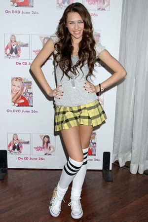 Maily Instant by Miley Cyrus Instant Page 9