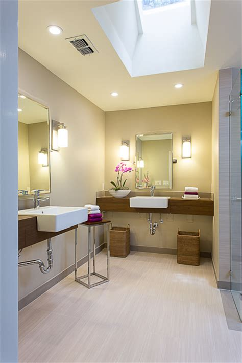 Wheelchair Accessible Bathroom Design by Baby Boomer Wheelchair Accessible Bathroom In