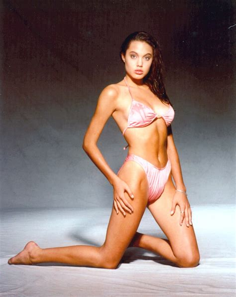 young celebrity photo gallery young angelina jolie photos celebrities in hot bikini angelina jolie
