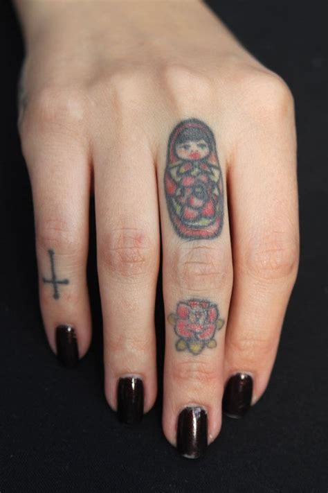 tattoo cross in finger 49 elegant cross tattoos on finger