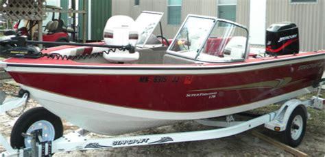lake sam rayburn boat rental soaring eagle boat rentals at powell park on sam rayburn