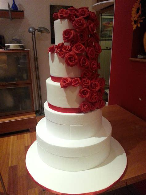 come fare una torta a forma di fiore tutto sulle torte decorate cuginette sul g 226 teau