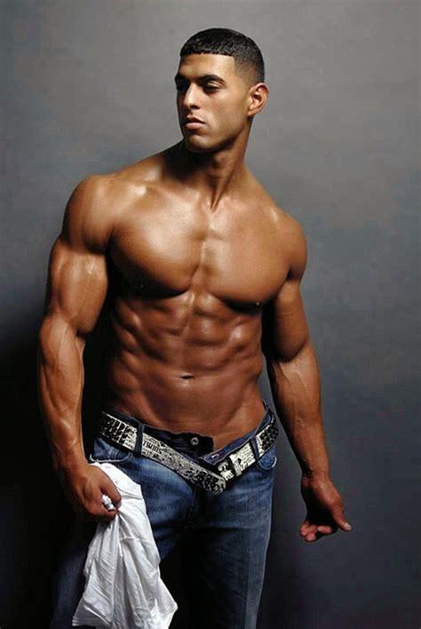beauty  male muscle geovanny