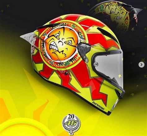 desain helm vr46 valentino rossi bakal menggila di 2018 desain helm baru