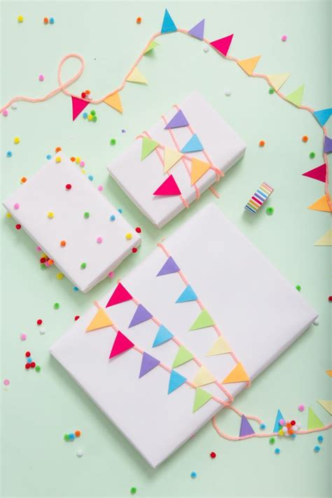 How To Make A Birthday Gift With Paper - 25 best ideas about gift wrapping on wrapping