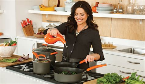 picture of rachael ray with major highlights in her hair home rachaelraycookwareset tripod com