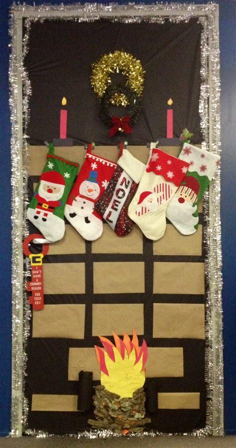 christmas door decoration contest holidays seasons