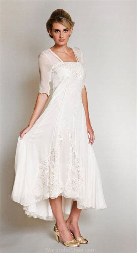 how a 35 year old should dress wedding dresses for over 40 years old all women dresses