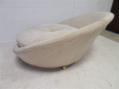 Round Chaise Lounge Large Scale Milo Baughman Round Chaise Lounge Chair Mid