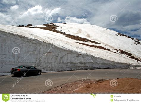 blue walls in pikes peak wall of snow on pike s peak stock image image 17646053