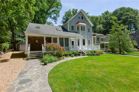lovely and unique bethesda home maryland luxury homes