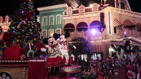 when do the decorations go up at walt disney world 2017 www indiepedia org